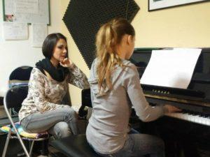 maestra di canto